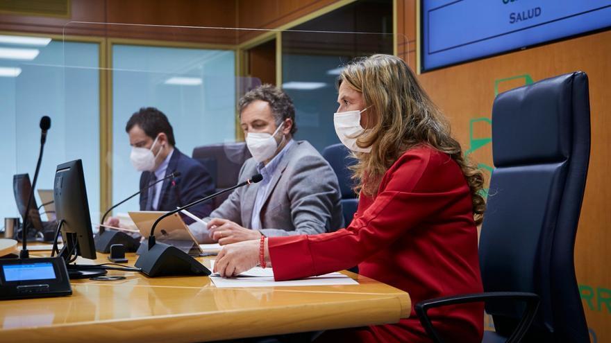 La consejera de Salud del Gobiernmo Vasco, Gotzone Sagardui, en Vitoria en su comparecencia semanal ante la Comisión de Salud del Parlamento Vasco