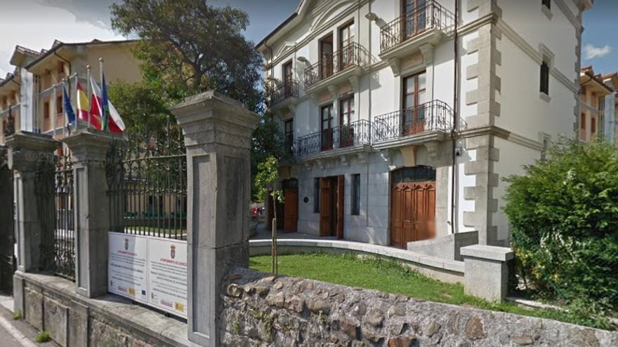 Ayuntamiento de Guriezo.
