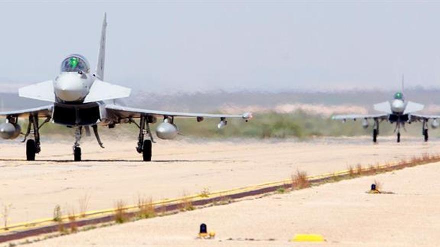 Aviones de 15 países se entrenan, sin armas, en condiciones de combate real