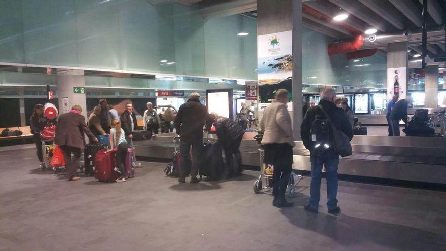La Palma ha recibido este jueves, 22 de diciembre, los primeros vuelos procedentes de Helsinki (Finlandia) y Reykiavik (Islandia) de la temporada de invierno, operados por el grupo Primera,