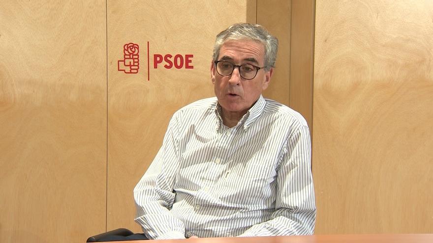 """Jáuregui denuncia el """"populismo nacionalista"""" catalán y pide combatirlo reformando la Constitución y con nuevo Estatut"""