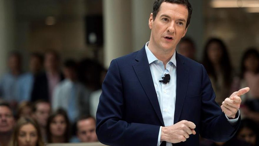 """Osborne dice que el Reino Unido está preparado ante los desafíos del """"brexit"""""""