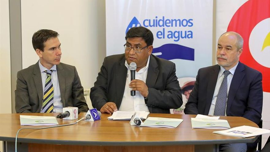 Bolivia socializa estrategia para llevar agua potable a zonas rurales