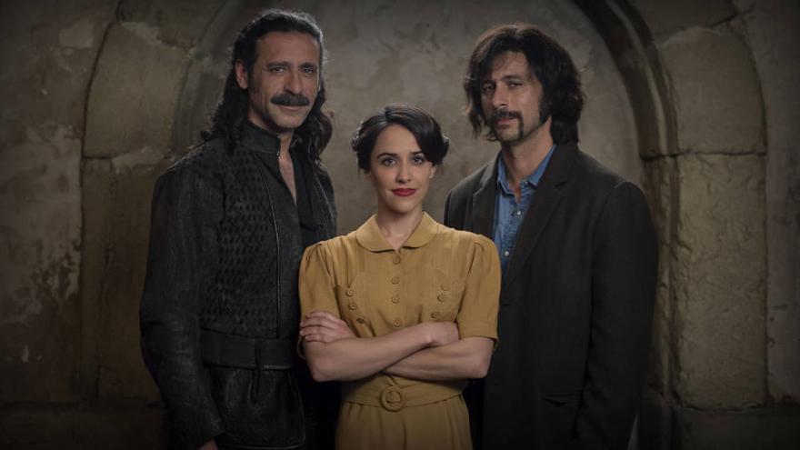 El Ministerio del Tiempo volvió homenajeando a Buñuel y ¿guiño al independentismo catalán?