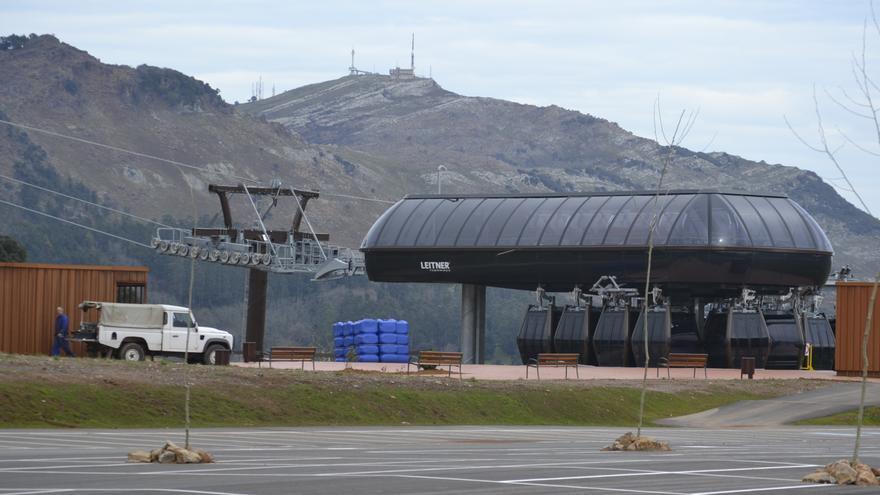 El telecabina ha comenzado a funcionar en pruebas y está previsto que se abra al público en junio. | Rubén Vivar