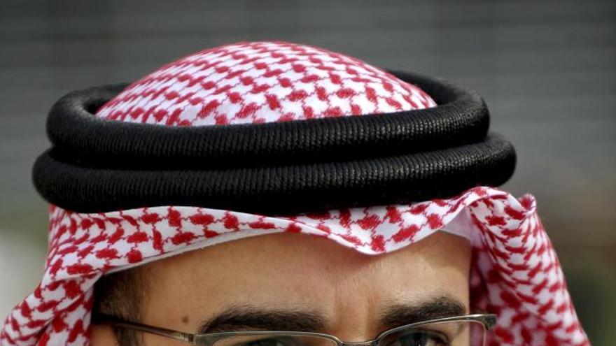El príncipe bareiní se reúne con la oposición por primera vez desde 2011