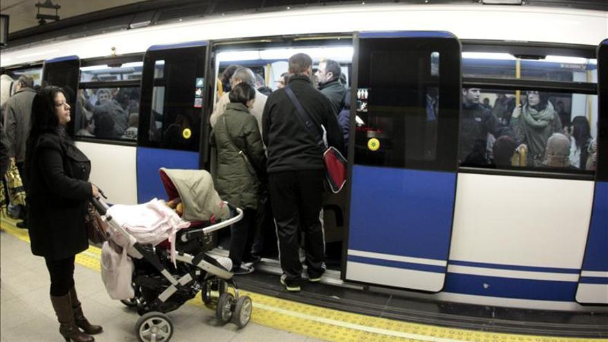 El uso del transporte público se estanca en noviembre, al crecer el 0,5 por ciento