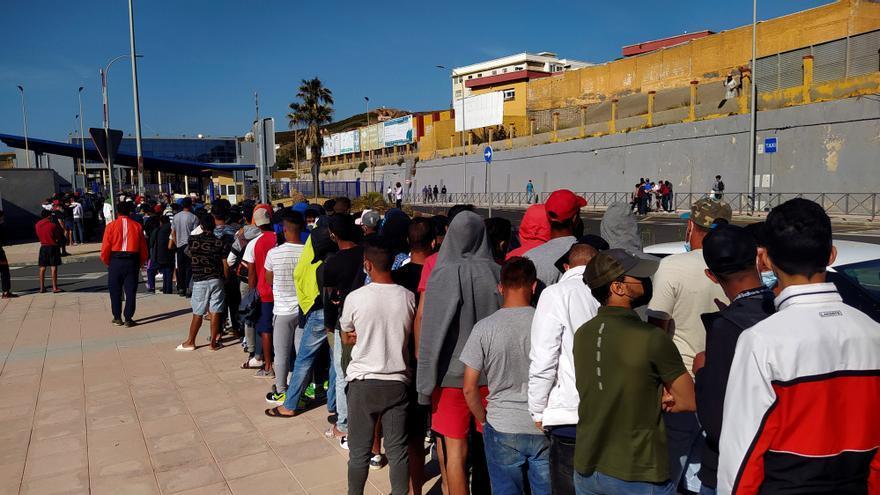 Otros 29 inmigrantes atendidos elevan a 1.411 la cifra desde inicio de crisis