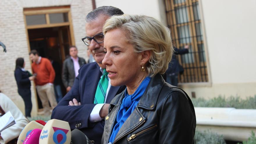 Adela Martínez-Cachá el día en que tomó posesión de su cargo con el Gobierno de Garre / PSS