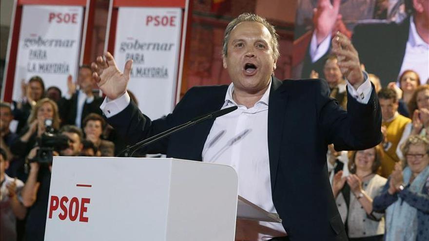 Carmona dice sobre las encuestas que el PSOE será la primera fuerza en el Ayuntamiento