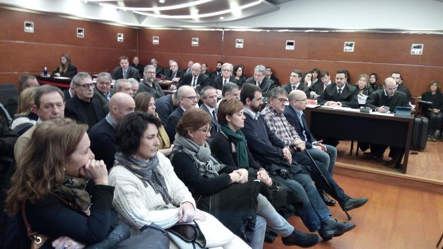 Comienza en Vitoria el juicio por el mayor presunto caso de corrupción de la historia de Euskadi
