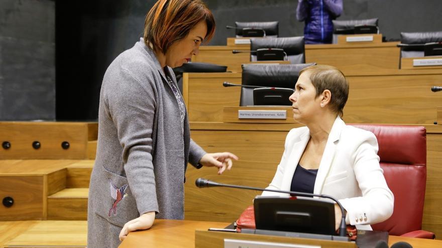 """El Parlamento de Navarra pide al Estado que aborde de forma """"urgente"""" la actualización del Convenio Económico"""