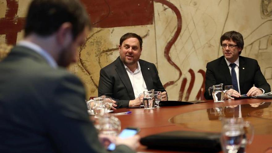 Puigdemont afirma su voluntad de cumplir el compromiso adquirido hace un año