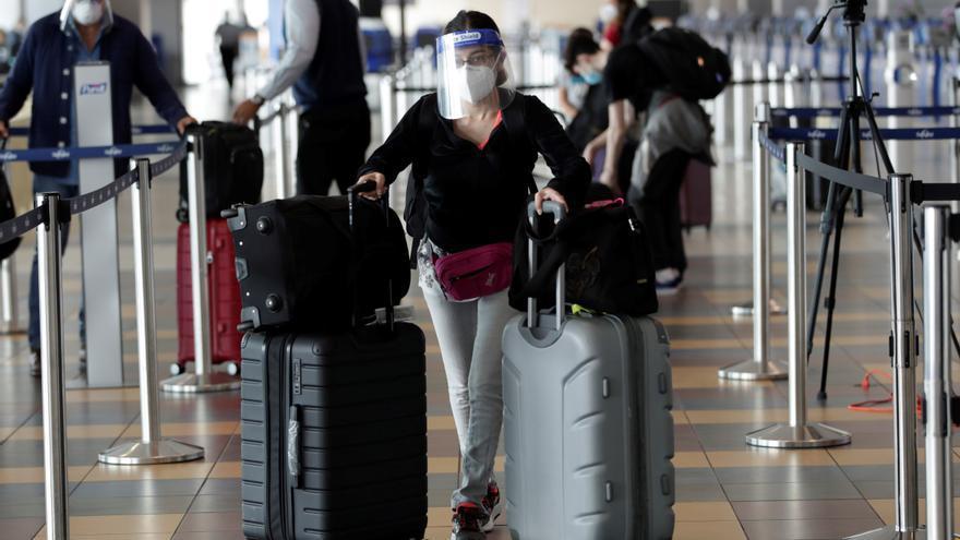 El gremio turístico de Panamá dice que restricciones a la movilidad impiden la reapertura