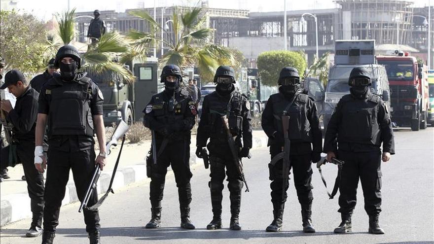 Al menos 26 heridos en las manifestaciones islamistas en El Cairo