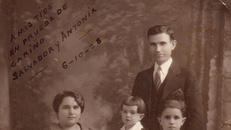 Salvador Santacreu, alcalde republicà de Benimantell, quan  encara vivia a NY