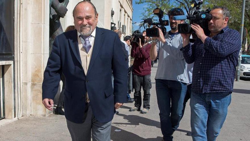 """Aceptan abstención de Pérez-Templado en rama murciana caso """"Púnica"""""""