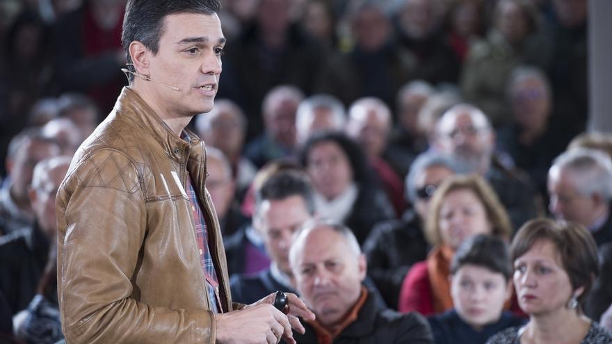 Pedro Sánchez advierte a Ciudadanos de que regenerar la democracia no es apoyar a un PP que se financia irregularmente
