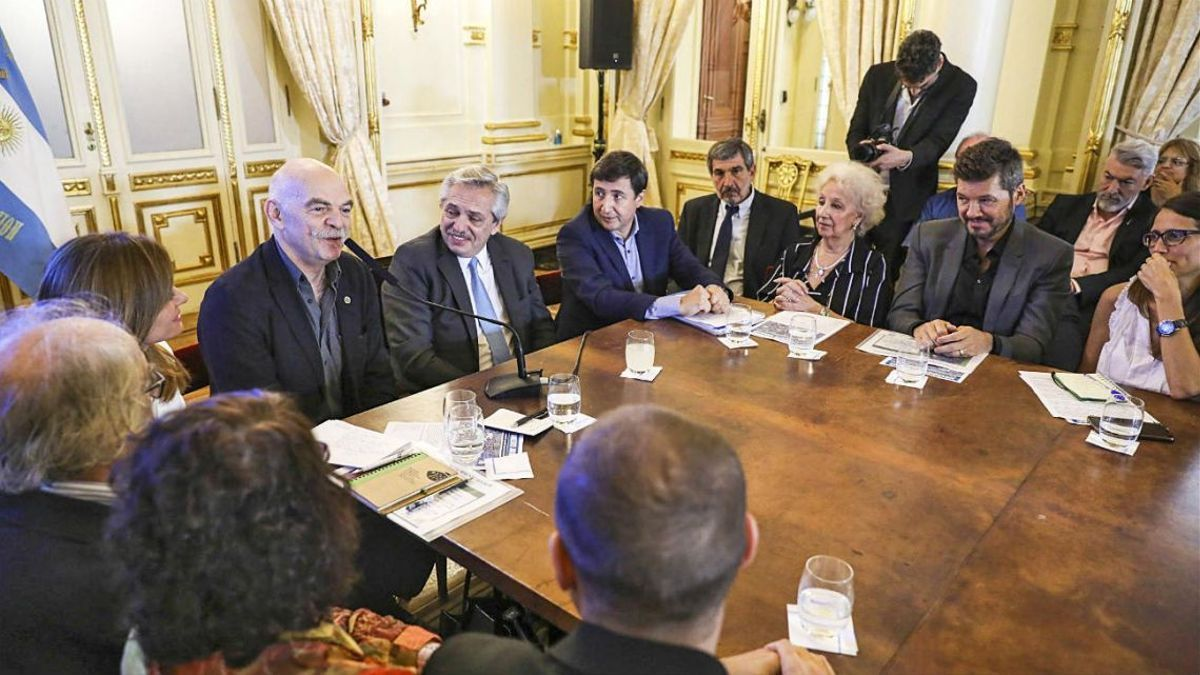 La primera reunión del Consejo contra el Hambre, en diciembre de 2019, en Casa Rosada.