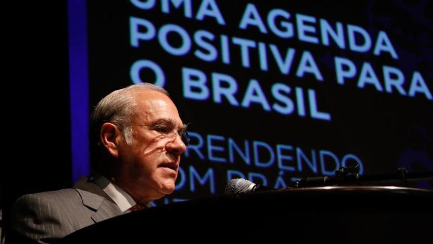 Los economistas prevén una contracción económica en Brasil del 3,10 % en 2015