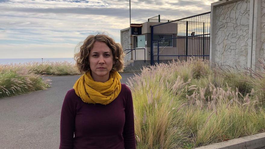 Marina Albiol, eurodiputada de IU por fuera del CIE de Hoya Fría