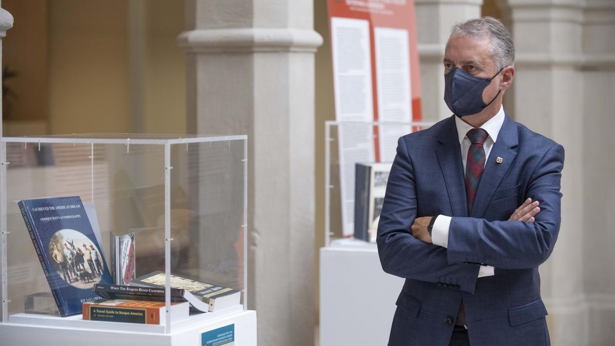 El lehendakari, Iñigo Urkullu, en la presentación de una exposición