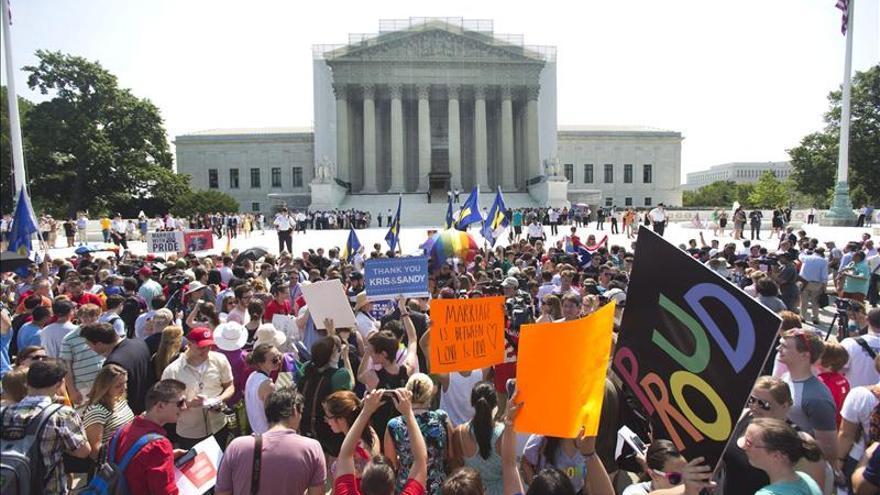 Avanza en el Senado de EE.UU. una ley contra la discriminación sexual en el trabajo