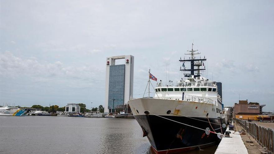 Varios buques siguen buscando el submarino argentino tras 36 días desaparecido