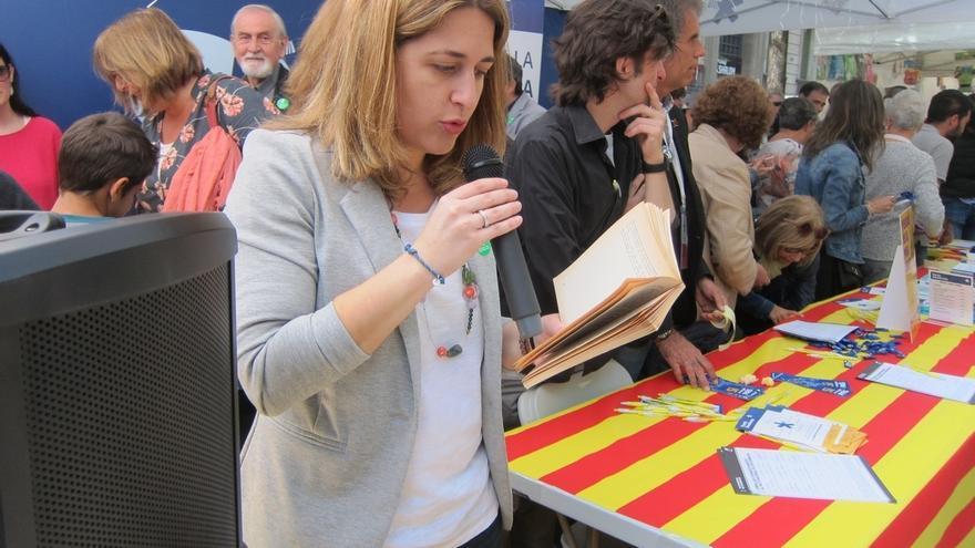 """Pascal replica a Rajoy que Espriu escribió que los hombres deben ser """"libres"""""""