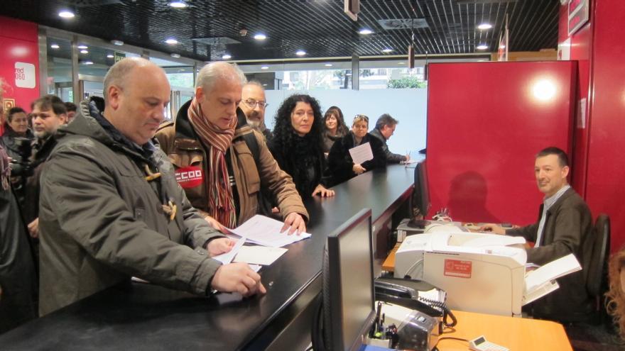 Sindicatos de la Administración Central registran el recurso contra la supresión de la paga extra