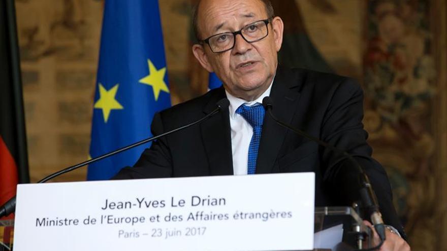 Le Drian visita Libia para tratar de promover la propuesta de paz de Francia