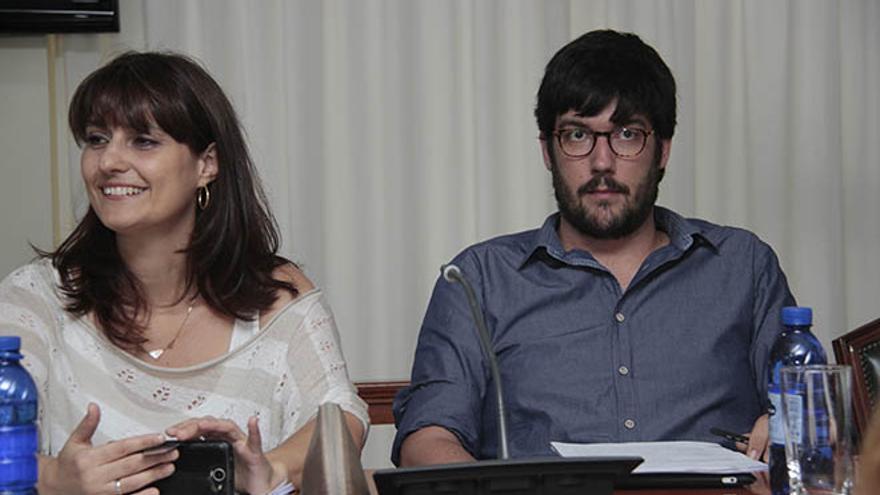 Leticia Padilla y Daniel Cabecera, concejales de Ganemos / Foto: De la Cruz.