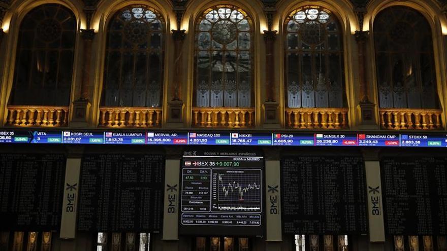 El IBEX 35 cae un 0,15 por ciento tras la apertura, ante la recogida de beneficios