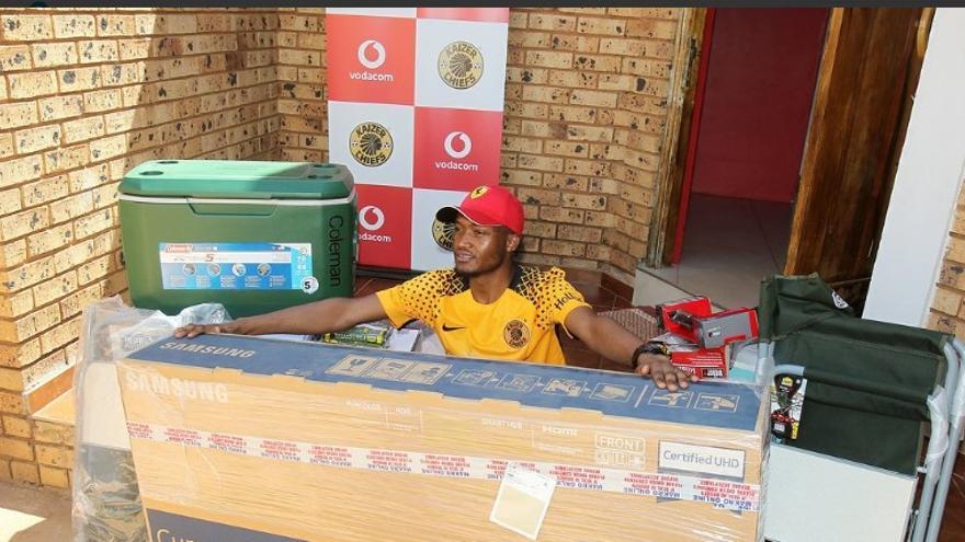 Un ganador de un concurso de Vodacom, propiedad de la británica Vodafone