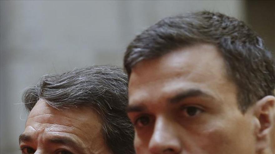 """Pedro Sánchez reivindica la """"amplia trayectoria"""" del PSOE, que no parte """"de cero"""""""