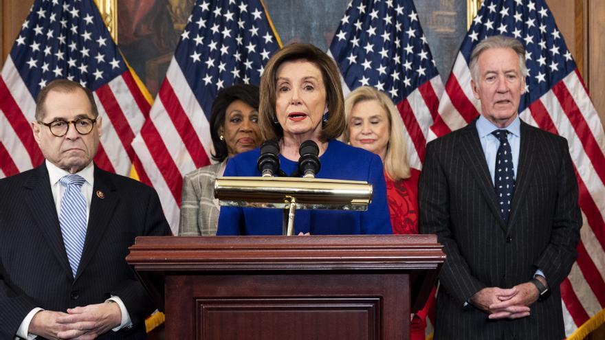 La presidenta de la Cámara de Representantes de EEUU, Nancy Pelosi, anuncia la decisión de los demócratas de imputar oficialmente al presidente Donald Trump.