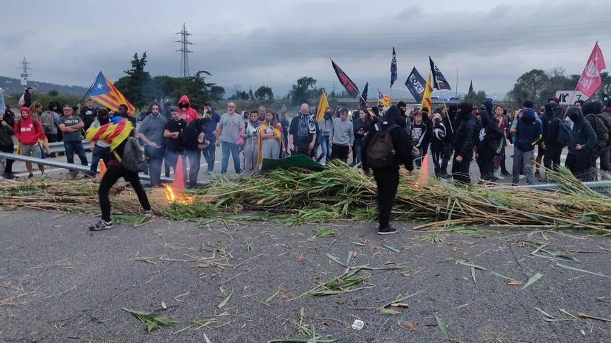 Los manifestantes se retiran de la AP-7 en Girona tras más de dos horas de corte