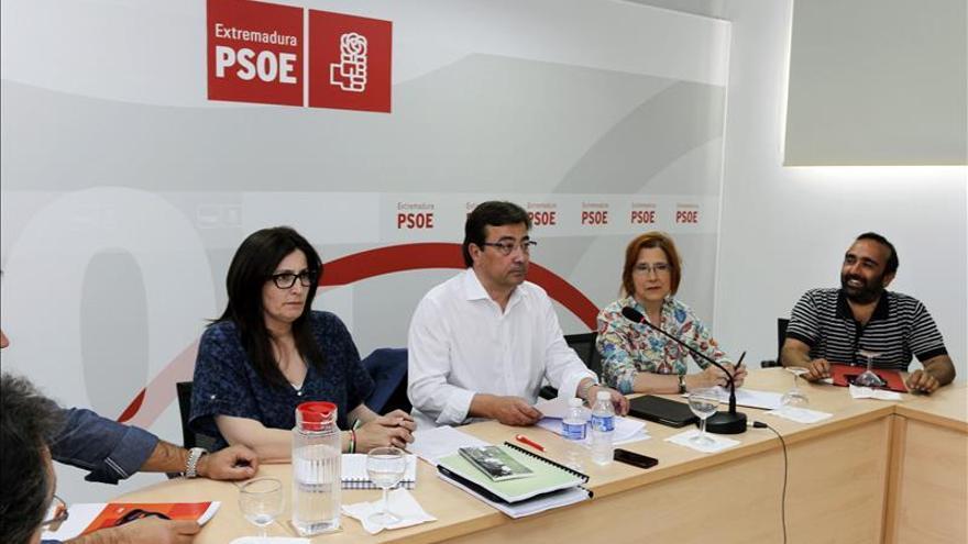 """Vara se reúne la próxima semana con Podemos y Ciudadanos para """"sumar y coser"""""""