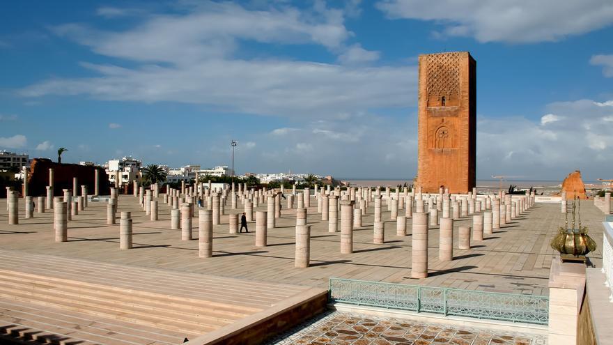 Restos de la Mezquita de Hassan, una de las construcciones más importantes del occidente islámico. VIAJAR AHORA