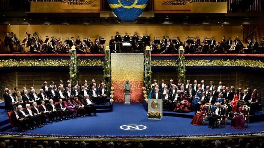 Carlos Gustavo preside la entrega de los Nobel a la que no asistirá Bob Dylan