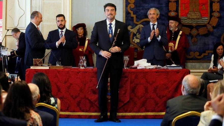 Luis Barcala (PP), elegido alcalde de Alicante con el apoyo de Ciudadanos