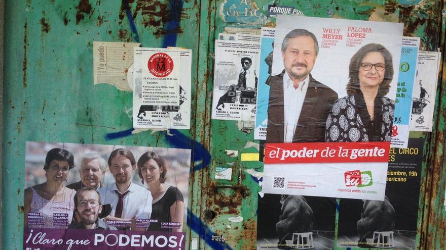 Carteles electorales de IU y Podemos