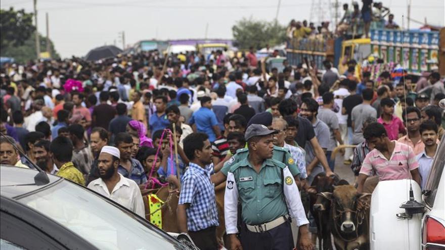 La Dacca festivalera o el establo urbano más grande del mundo