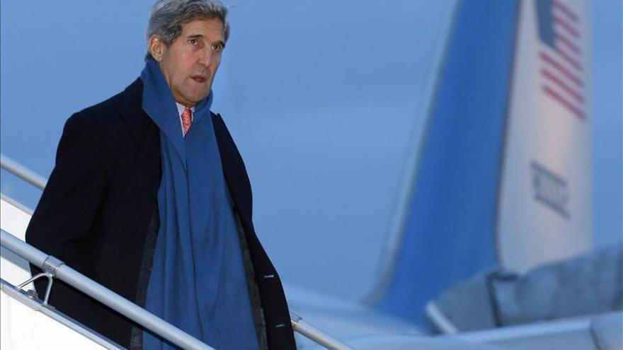 Kerry se reúne con Fabius en el marco de la negociación nuclear con Irán