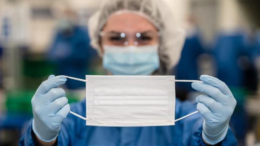 GM producirá 10 millones de mascarillas médicas para el Gobierno canadiense