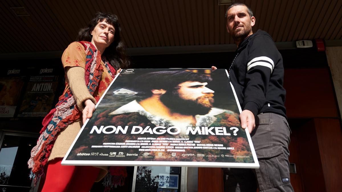 Los directores Amaia Merino y Miguel Ángel Llamas de 'Non dago Mikel?'. EFE/ Inaki Porto