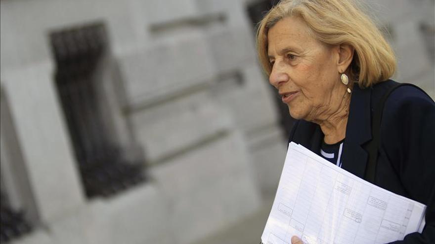 Jueces para la Democracia dice a Aguirre que Carmena es jueza por oposición