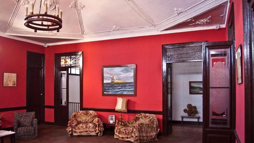 Los muebles de la Casa Yanes fueron traídos de Francia. Foto: FERNANDO RODRÍGUEZ.