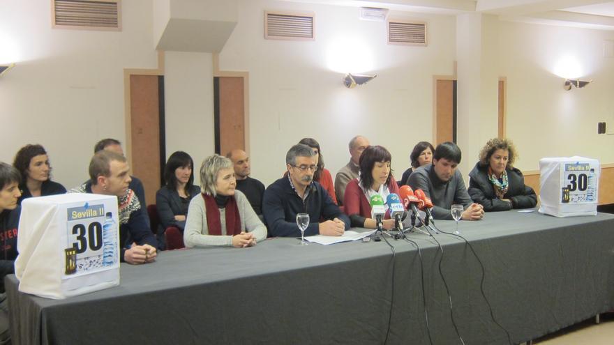 """Alcaldes y ediles de EH Bildu se solidarizan con presos de ETA en Sevilla II y piden fin del """"aislamiento indefinido"""""""