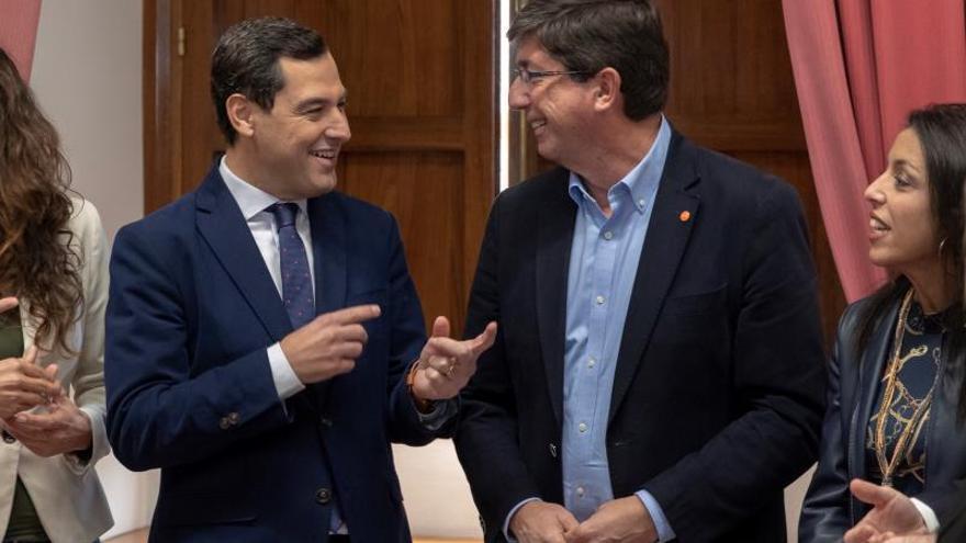 Juan Manuel Moreno y Juan Marín
